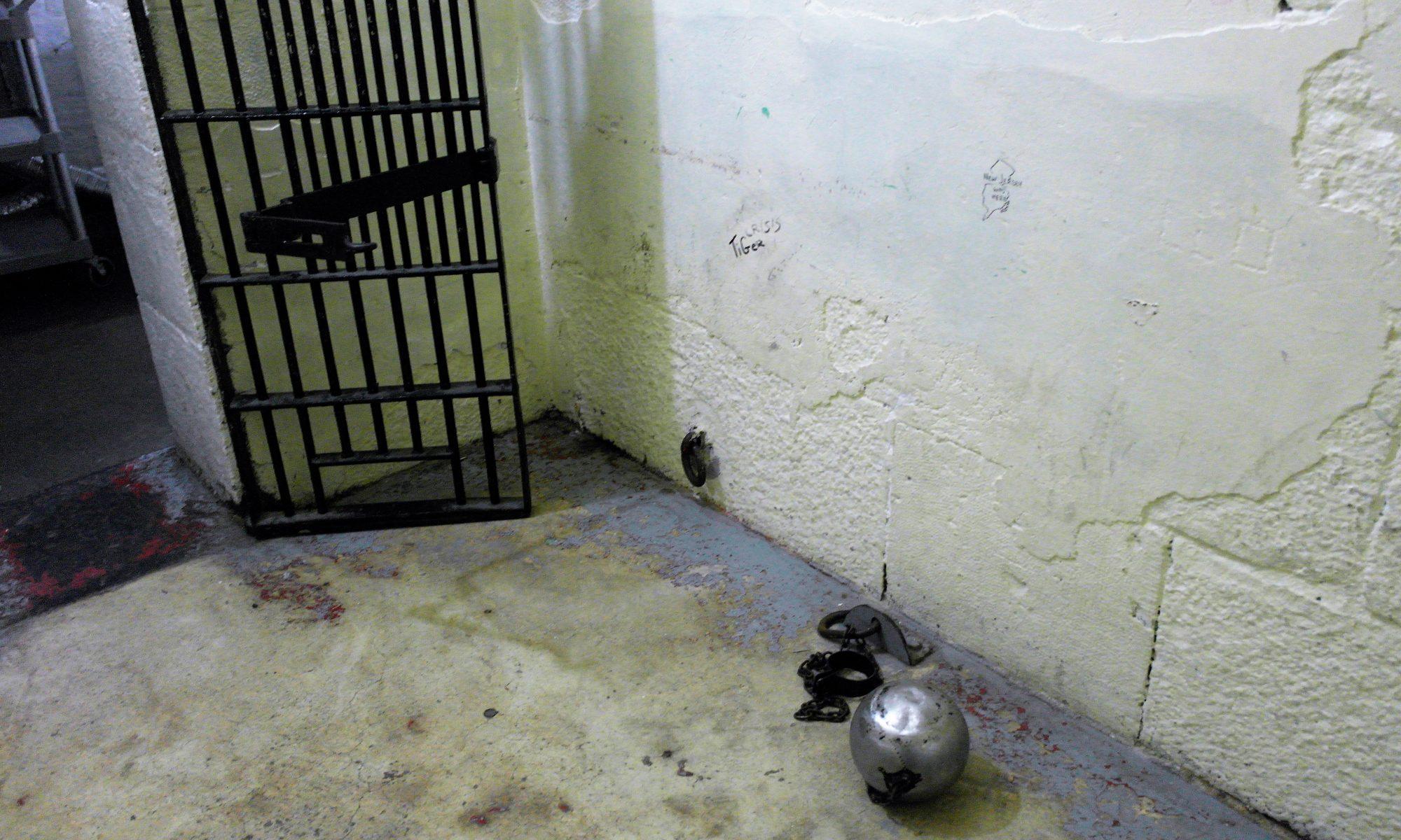 Prison roomtone